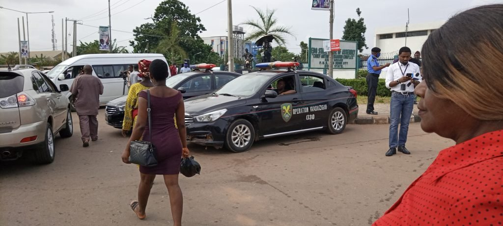 Police take over House of Assembly in Edo state (PHOTOS)